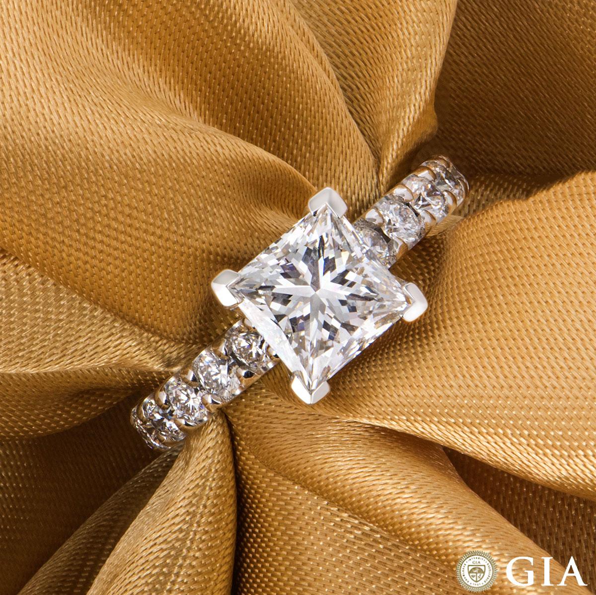 White Gold Princess Cut Diamond Ring 2.01ct F/VVS1